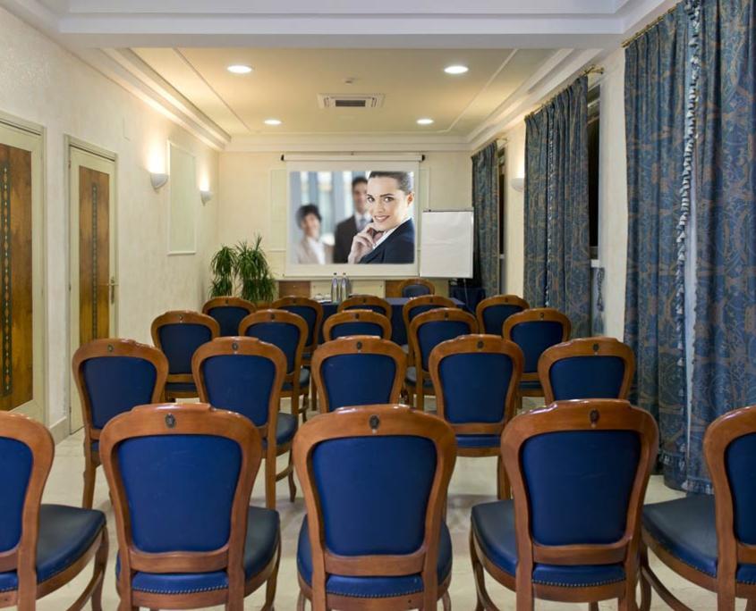 Sala Business Hotel 4 stelle Lanciano per congressi
